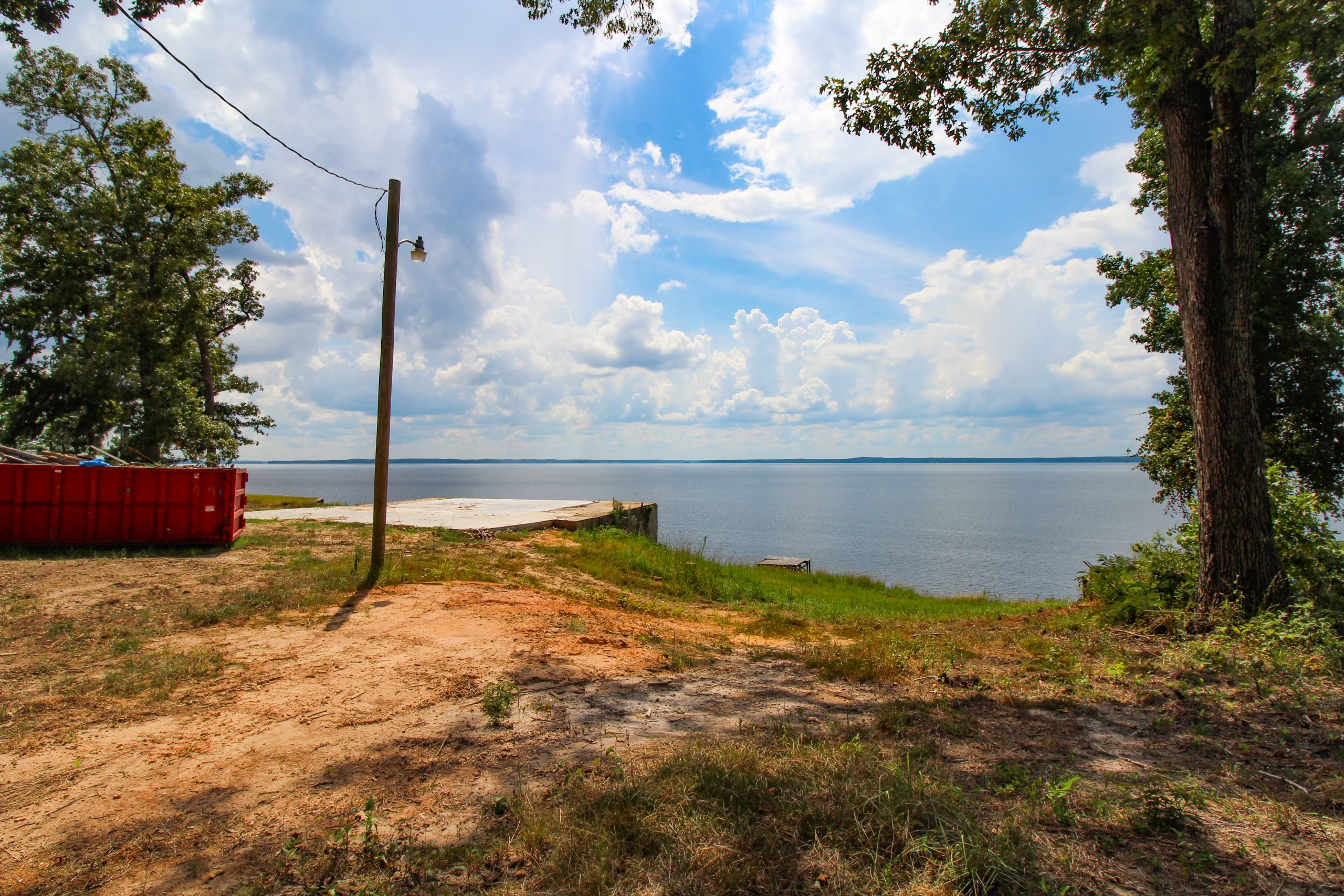 ***Waterfront Lot Main Lake***EXCLUSIVE AGENCY***